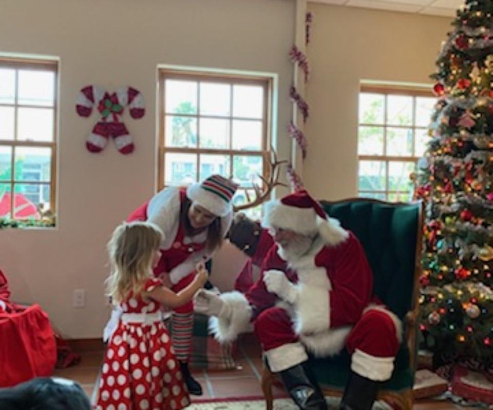 Jesse & Heather with Santa (2)